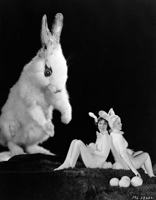 Jean Parker and Mary Carlisle.jpg