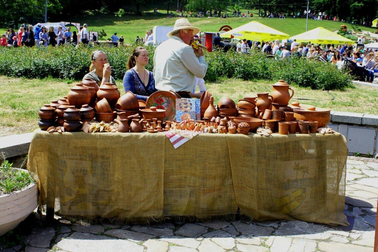 Выставка грузинских гончарных иделий