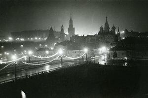 03. Ночная Москва