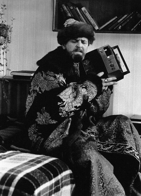Перекличка времён. Автор Гневашев Игорь, 1977.jpg
