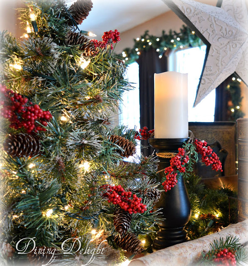Christmas Decorations in Dining Room.jpg