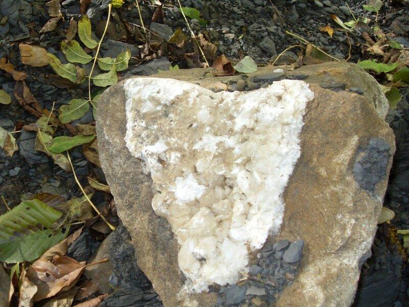 11 октября 2008, под Горячим Ключом, камень (51).JPG