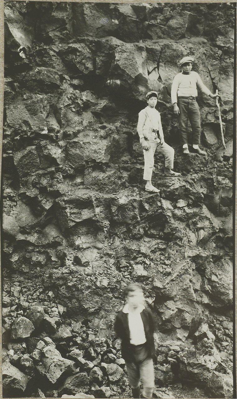 1928. Дорога в Помпеях