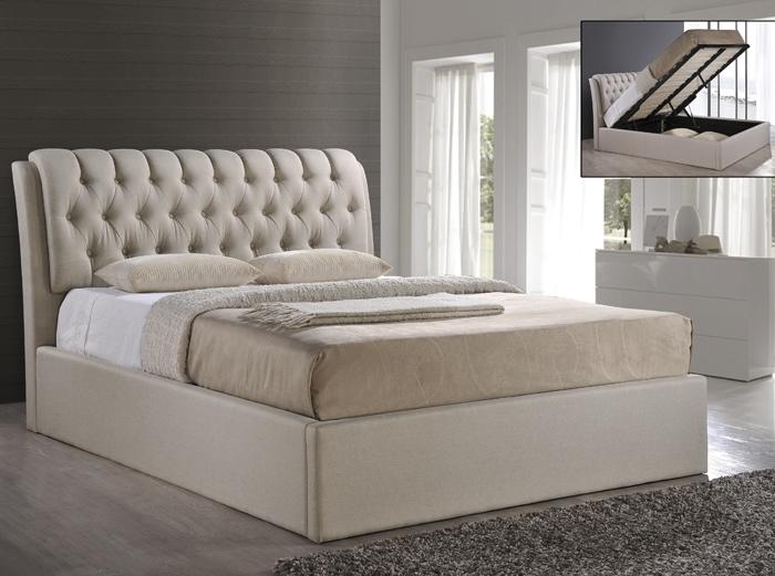 белая двуспальная кровать с подъемным механизмом
