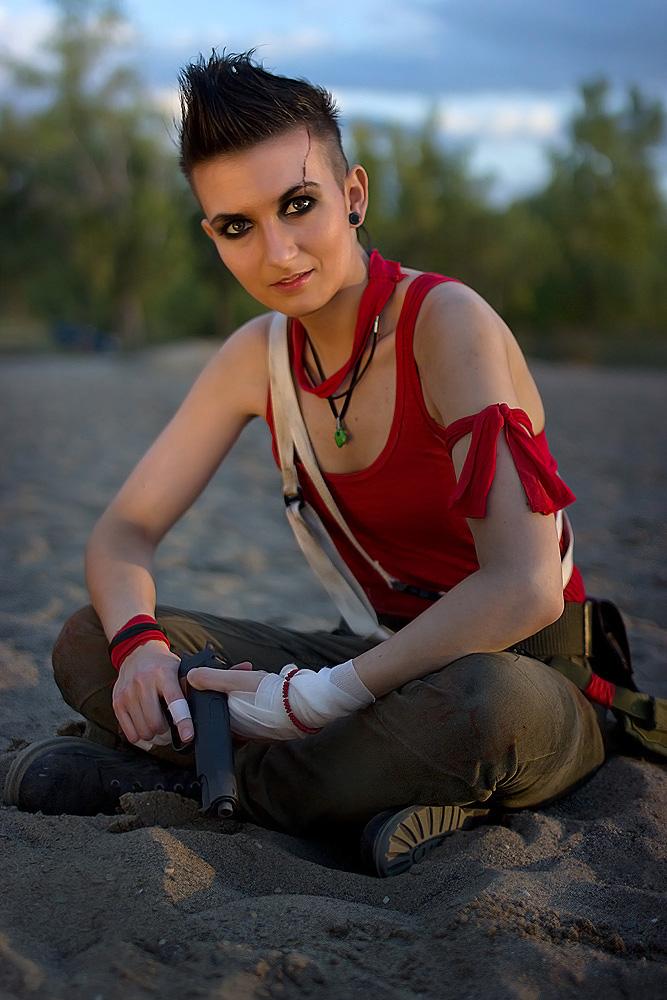 косплей девушка в роли вас монтенегро Far Cry