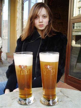 пиво прага.jpg