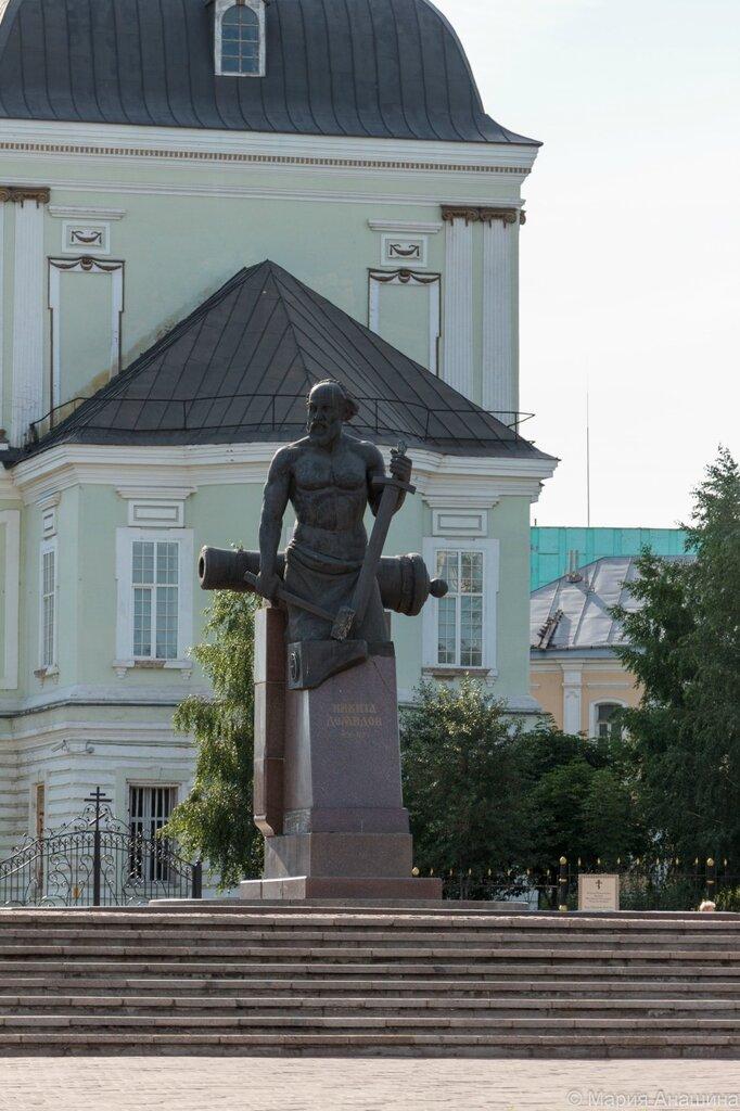 Памятник Никите Демидову, Тула