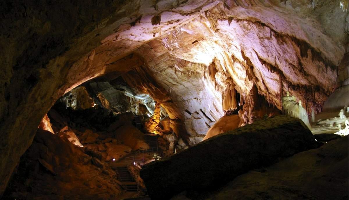 Мраморная пещера, Чатыр-Даг