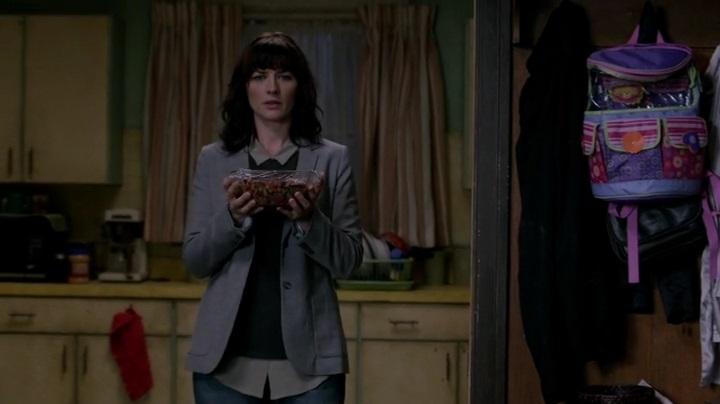 """Эпизод 10.02 """"Reichenbach"""""""