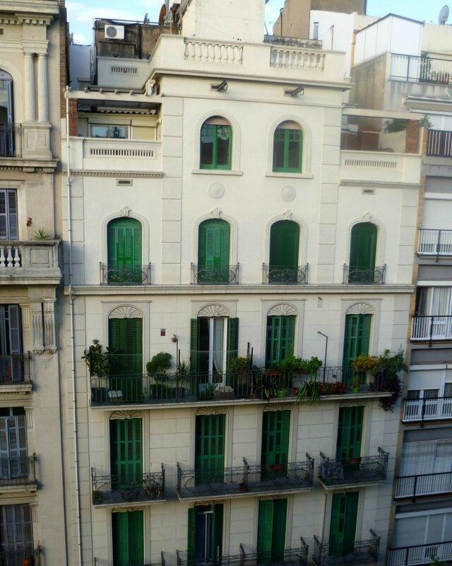 Барселона, в районе Эшампле (Barcelona's Eixample district)