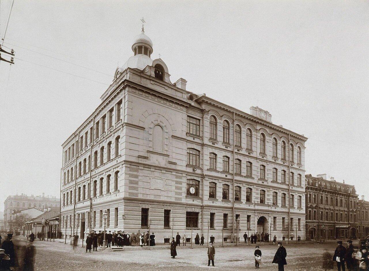 Народное училище на Васильевском острове. 1897