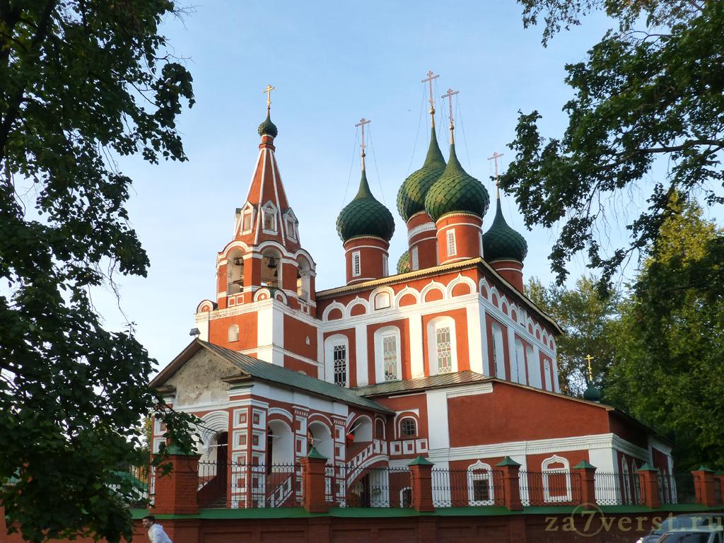 Церковь Михаила Архангела - храм ярославского гарнизона