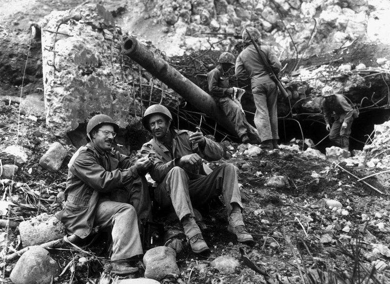 Джо Розенталь на Иводзиме, март 1945