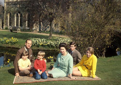 10 интересных фактов о королеве Елизавете II и ее муже
