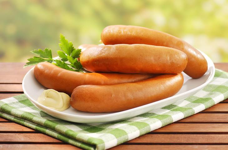 5. Боквурст Для приготовления колбасок берут свинину, говядину и сало к которым добавляют лед, папри