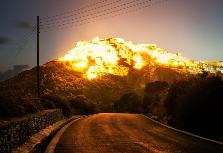 11. Заходящее солнце в горах