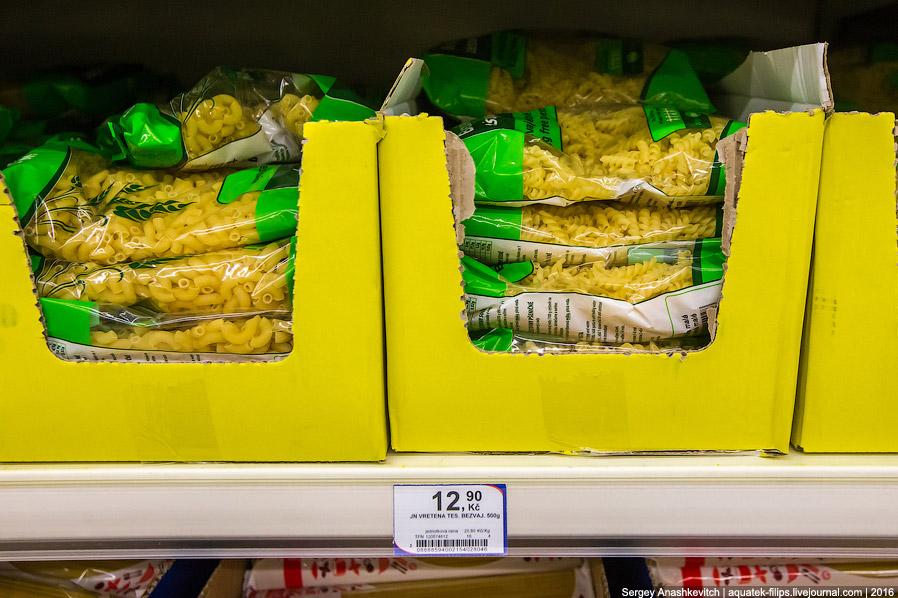6. Бариллу у нас сейчас найдешь далеко не везде — санкции... В Праге спагетти № 5 стоят 118 руб