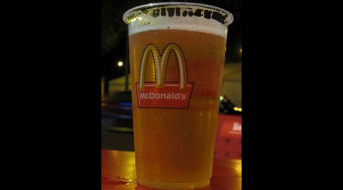 Пиво появилось в меню популярного ресторана общепита во Франции, Германии и Португалии. В последнее