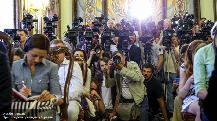 Украинским спортсменам советуют необщаться сроссийскими репортерами