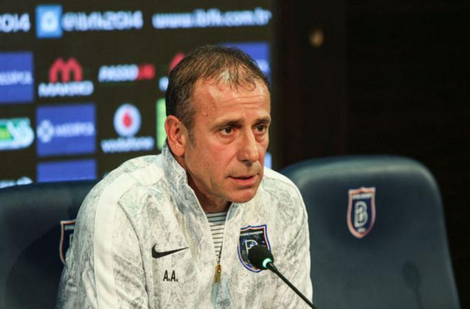 Тренер Истанбула: Нас ожидает очень сложной матч сШахтером вЛиге Европы