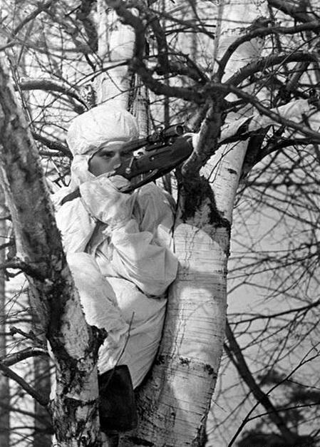 Снайпер мл. сер. В.И.Мамелев. Ленинградский фр. 22.04.44.jpg