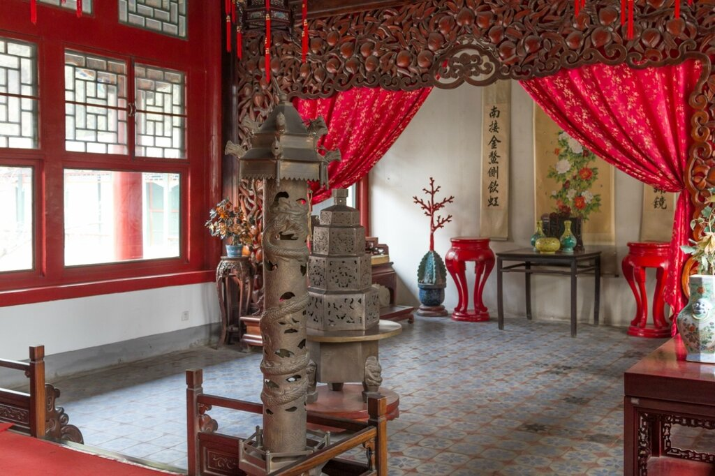 Внутреннее убранство павильона Юэсинь