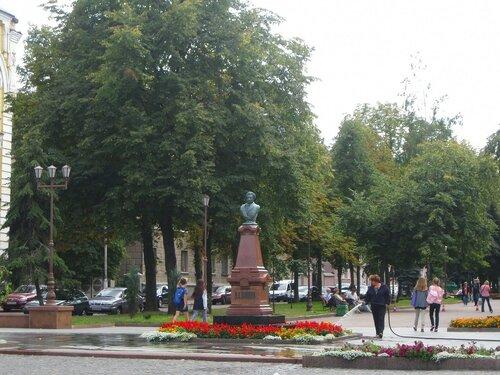 Памятник А. С. Пушкину в Житомире
