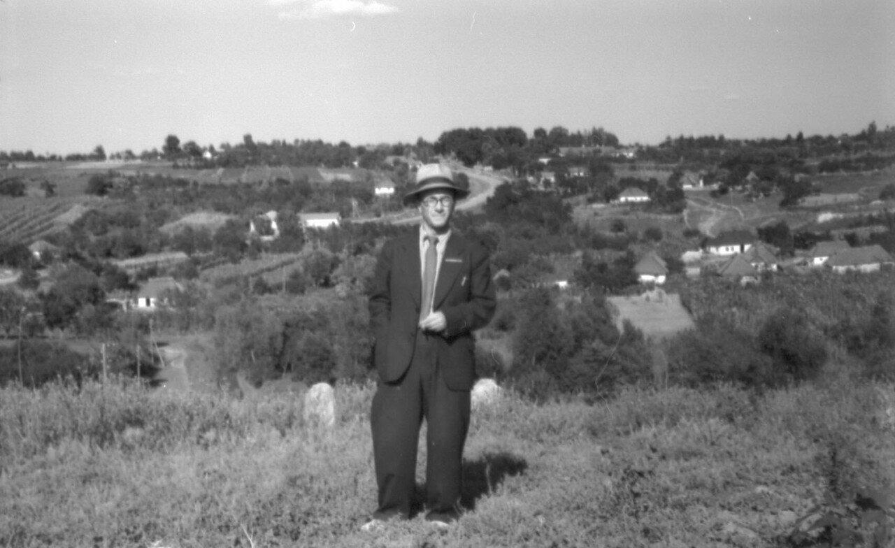 Старая Мурафа от еврейского кладбища