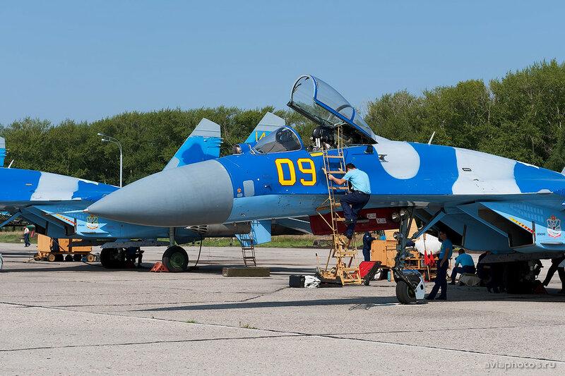 Сухой Су-27С (09 желтый) ВВС Казахстана 1550_D703497