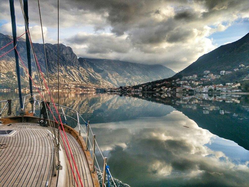 аренда яхты в Черногории +38267483974