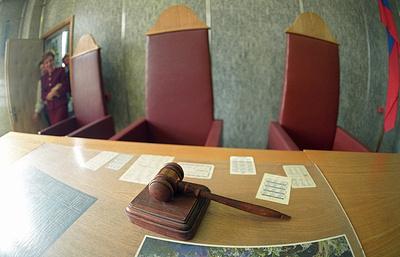Останкинский суд рассмотрит иск Сечина к«Ведомостям» 15сентября