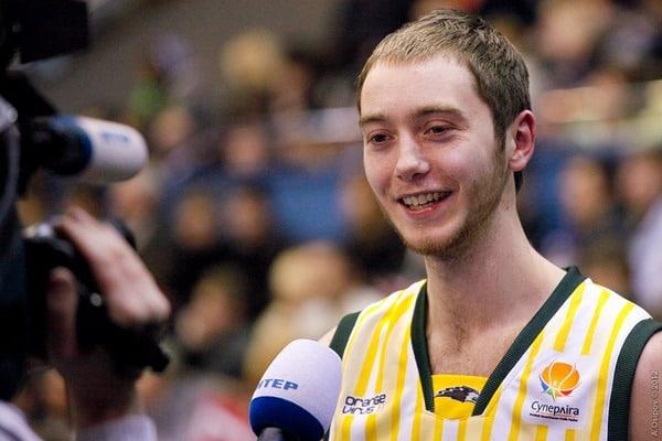 «Будивельник» вернул изИспании защитника сборной Украины