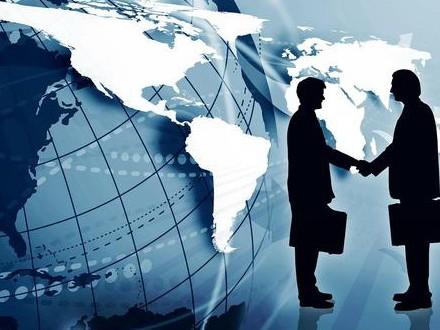 Недостаток внешней торговли превысил $2 млрд