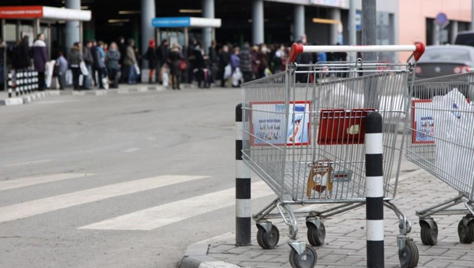ВПетербурге эвакуировали гостей  ТРК «Мега Парнас»
