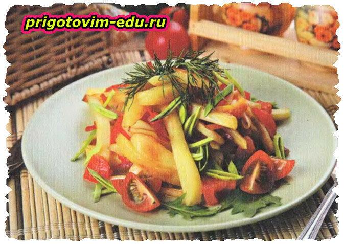 Картофельное рагу с помидорами