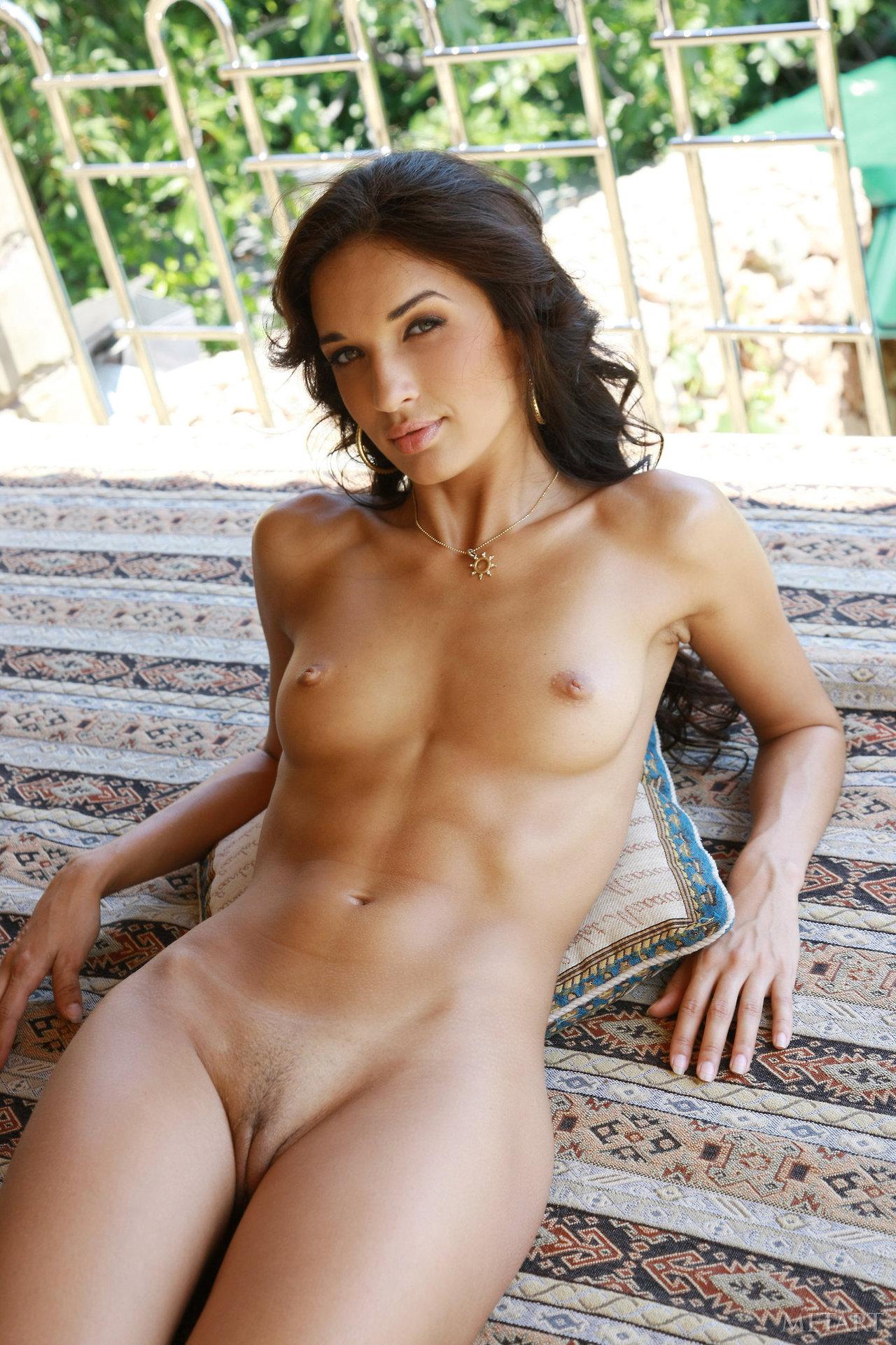 Girls salvadoran girls nude