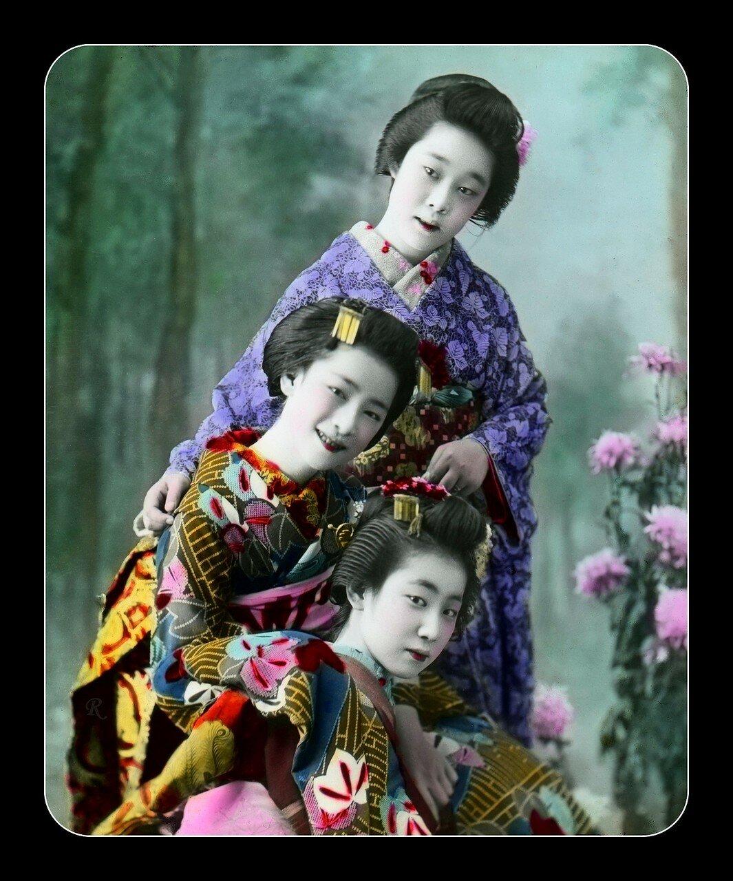 Гейша и две майко