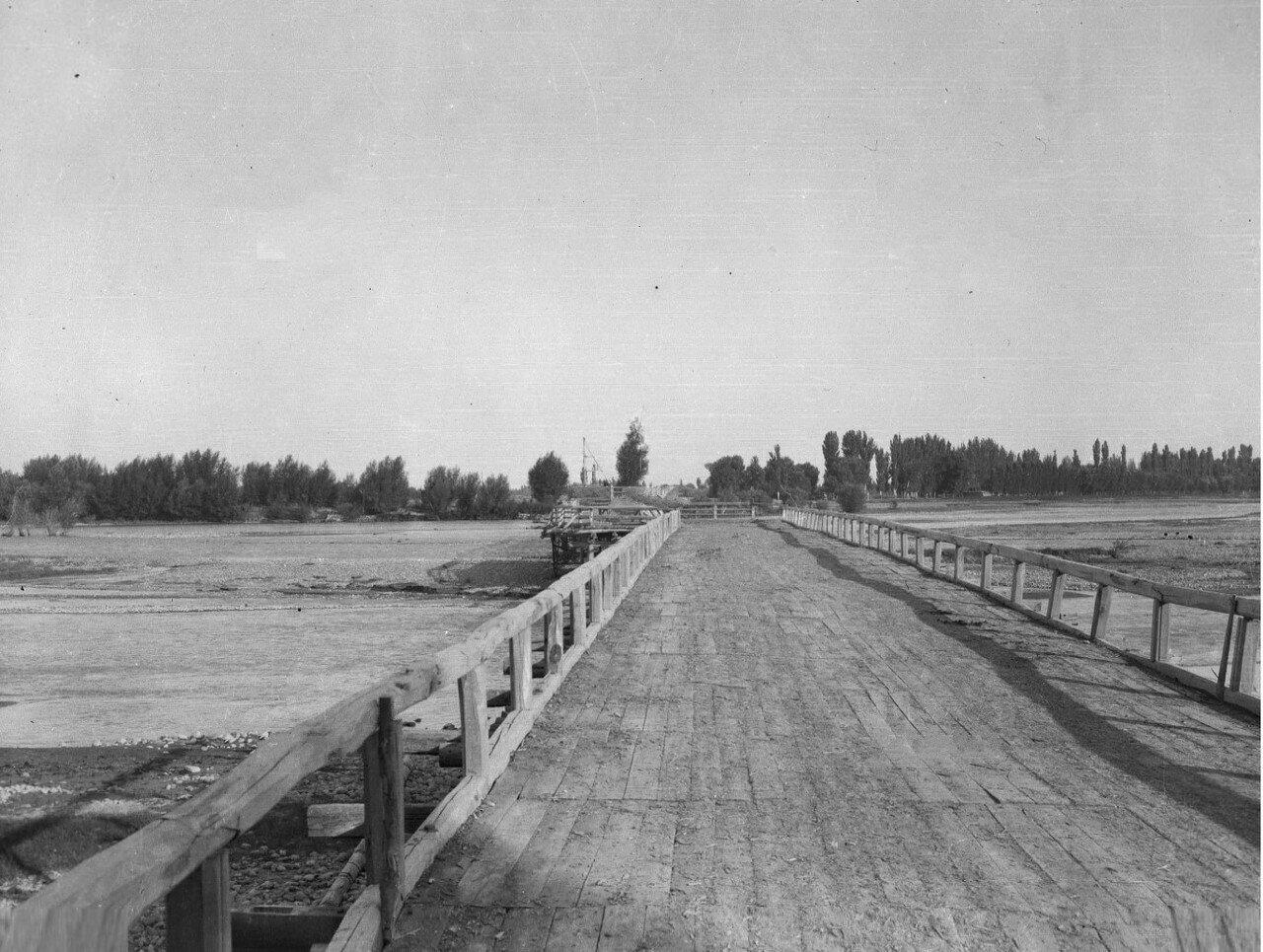 Ташкент (Сырдарьинская область). Деревянный мост