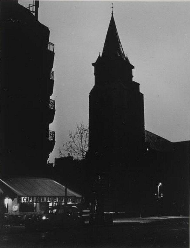1940. Сен-Жермен-де-Пре во время отключения электроэнергии