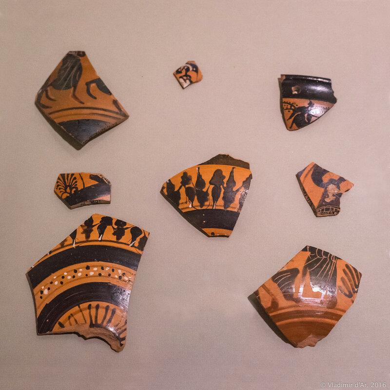 Фрагменты чернофигурных сосудов. Аттика. VI - начало V вв. до н.э. Поселение Голубицкая 2.