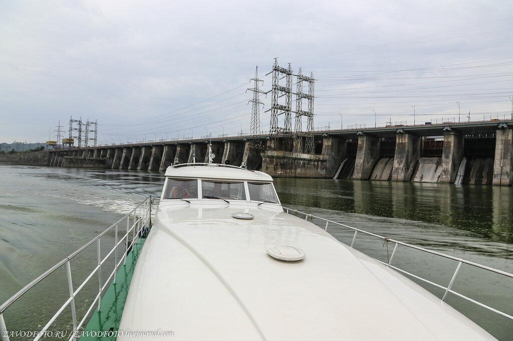 На катере по Жигулёвскому морю
