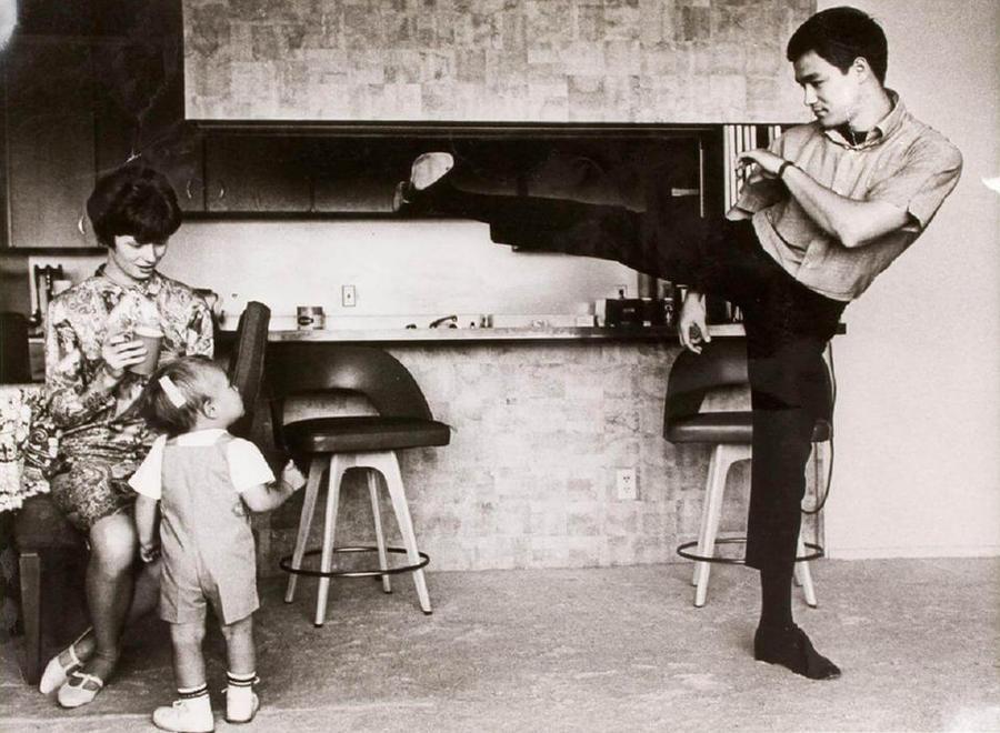 Семейные фотографии легендарного Брюса Ли