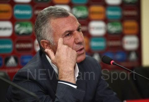Варужан Сукиасян ушел споста основного тренера сборной Армении пофутболу