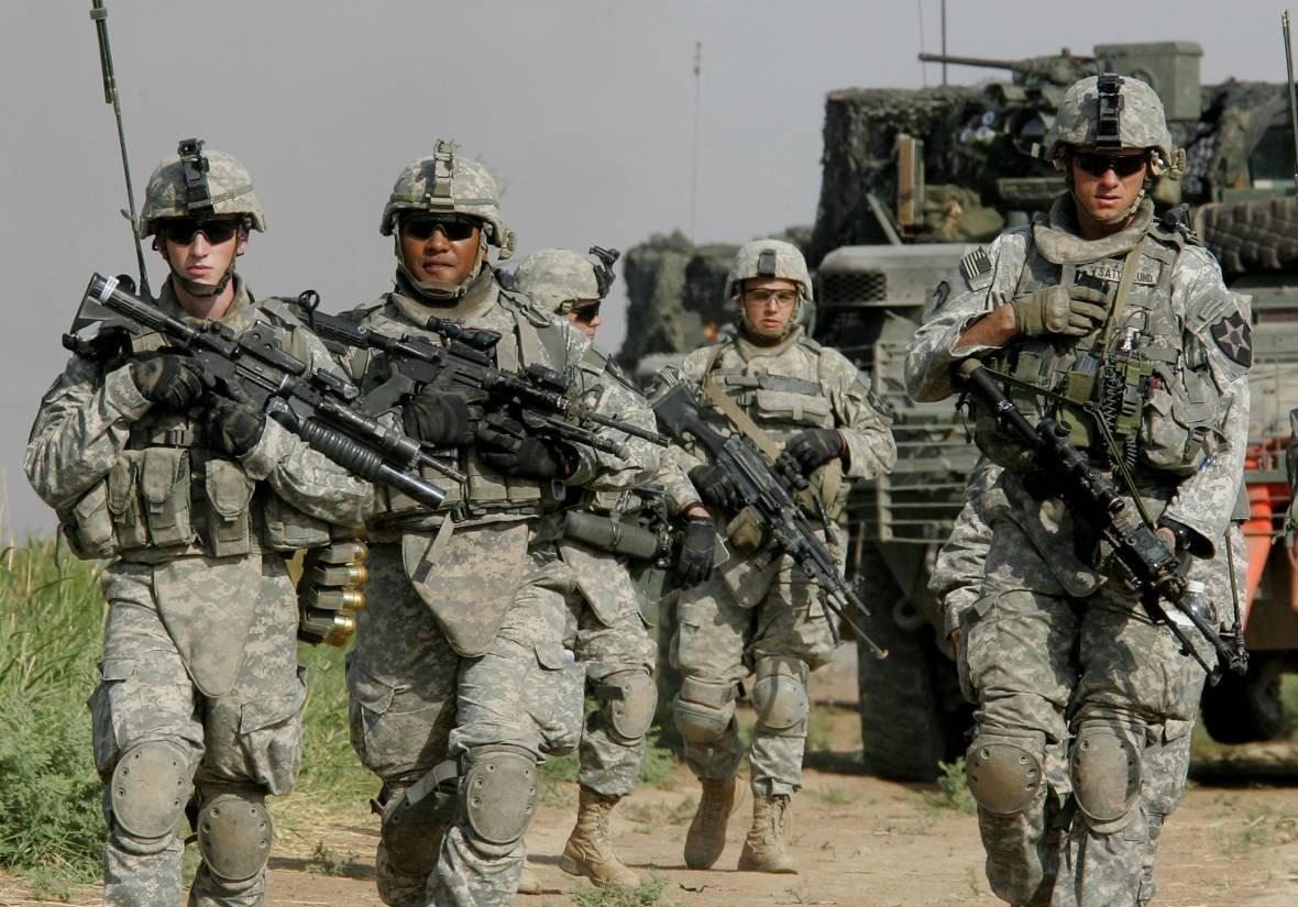 ВЭстонию начинают прибывать войска НАТО