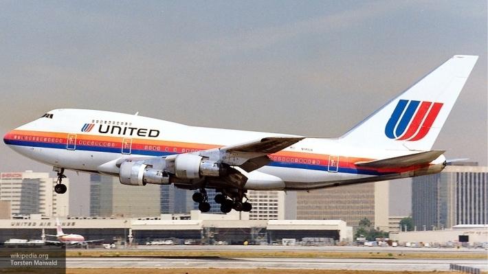 United Airlines после скандала изменила правила снятия пассажиров срейсов