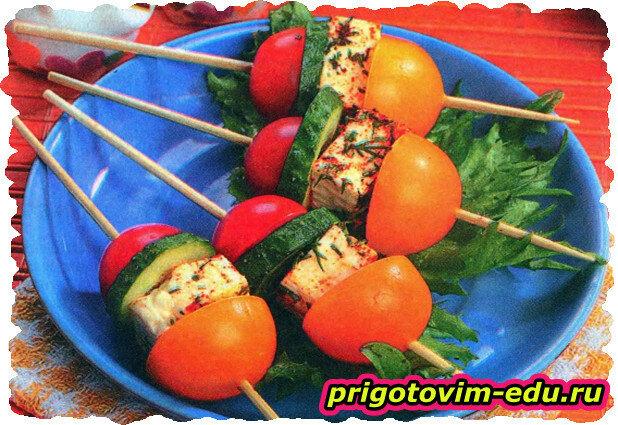Шпажки с томатами черри