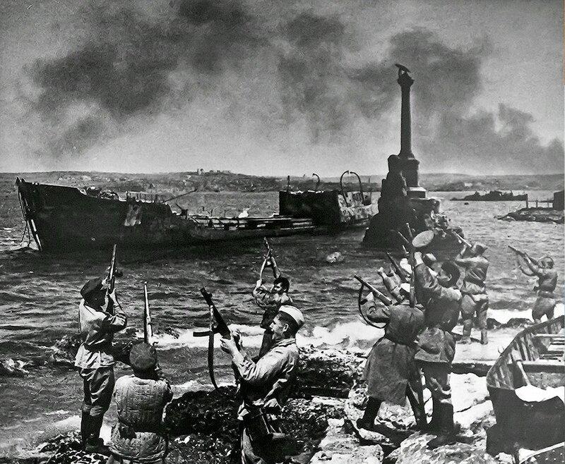 Фотография Е. Халдея(1917 - 1997)Фотохудожник Победы (46).jpg