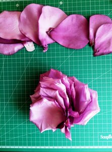 Роза - царица цветов 3 - Страница 16 0_13e337_49eafe6f_M