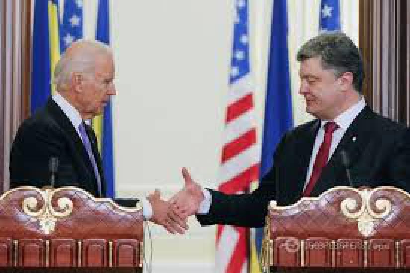 Порошенко обсудил с Байденом ситуацию в Крыму и на Донбассе