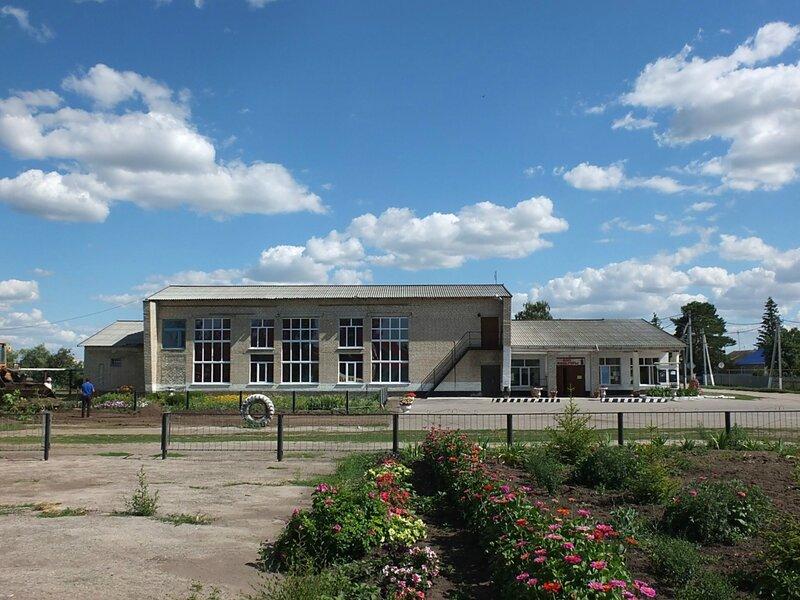 Хворостянка, Безенчук аэродром 418.JPG